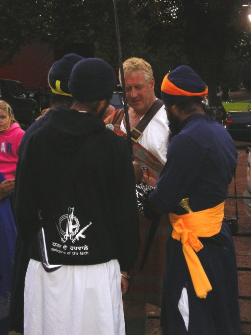 David talks to the Sikh guards